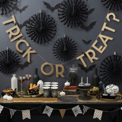 PARTYBOX Trick or Treat?